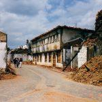 http://upload.wikimedia.org/wikipedia/commons/b/ba/War_in_the_balkans_kosovo_1999_3.jpg