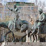 http://thumbs.dreamstime.com/x/madrid-don-quixote-sancho-panza-statue-cervantes-memorial-sculptor-lorenzo-coullaut-valera-plaza-espana-march-32508966.jpg