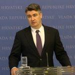 http://www.hrt.hr/media/tt_news/milanovic_press12081.jpg.688x388_q85_crop_upscale.jpg