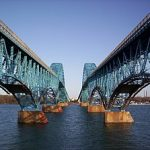 https://upload.wikimedia.org/wikipedia/commons/thumb/d/da/Between_the_Grand_Island_bridges.jpg/300px-Between_the_Grand_Island_bridges.jpg