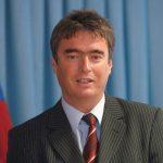 http://www.mladina.si/media/www/slike.old/clanki/200613/milan_zver_bk_display.jpg