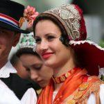 http://blog.visitvukovar-srijem.com/wp-content/uploads/2014/11/Top-5-kulturnih-manifestacija-u-Srijemu-koje-ne-smijete-propustiti-2-LEKT_2-750x400.jpg