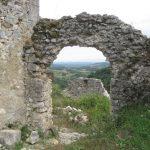 https://upload.wikimedia.org/wikipedia/commons/c/c2/Castle_Zrin,_Croatia-5.JPG