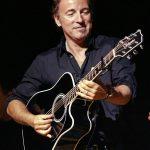 http://www.elmoremagazine.com/wp-content/uploads/2013/04/People-Bruce-Springsteen.jpg