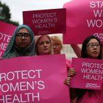 https://media.self.com/photos/5861abb938246d9f48775e69/master/pass/inspired-2015-01-planned-parenthood-womens-rights-rally-main.jpg