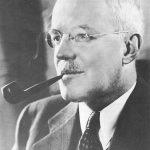 https://upload.wikimedia.org/wikipedia/commons/6/64/Allen_w_dulles.jpg