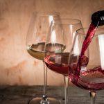 http://www.abruzzosviluppo.it/wp-content/uploads/2018/08/vino-bicchieri-rosso-rosato-bianco-by-anaumenko-fotolia-750.jpeg