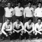 https://upload.wikimedia.org/wikipedia/commons/e/ea/Hajduk_1955.jpg