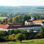 https://www.banjaluka-tourism.com/images/Posjetite/Samostan_Marija_zvijezda_Trapisti.JPG