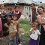 https://cdn.images.express.co.uk/img/dynamic/1/590x/European-Gypsies-teaching-in-UK-529120.jpg