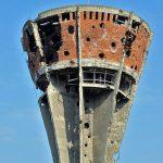 https://upload.wikimedia.org/wikipedia/commons/thumb/8/83/Vukovar-watertower-after-war.jpg/398px-Vukovar-watertower-after-war.jpg