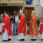 http://www.otok-hvar.com/slike/novosti/procesija-sv-stipon-02.jpg