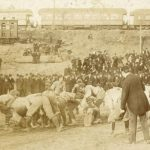 https://upload.wikimedia.org/wikipedia/commons/a/a1/1895_Auburn_-_Georgia_football_game_at_Piedmont_Park_in_Atlanta_Georgia.jpg