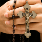 https://completechristianity.files.wordpress.com/2020/02/praying-rosary.png