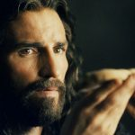 https://static0.srcdn.com/wordpress/wp-content/uploads/2020/01/The-Passion-Of-Christ-Jim-Caviezel.jpg